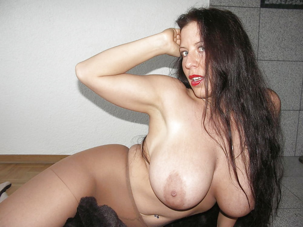 amateur group naked