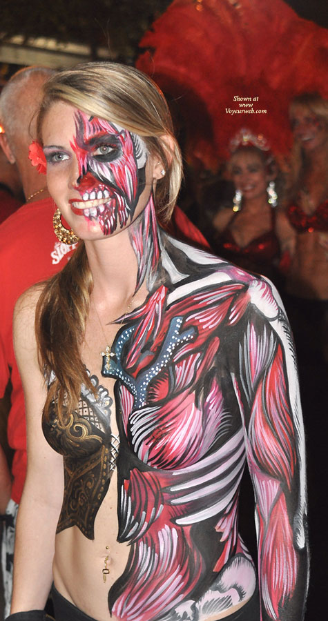 Tumblr nude bodypainting Can